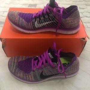 Nike Free Run Flyknit Sneakers